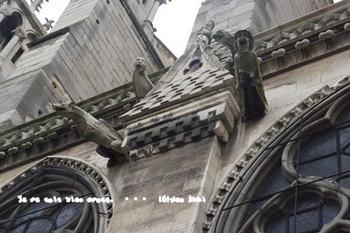 ノートルダム大聖堂東側(1).jpg