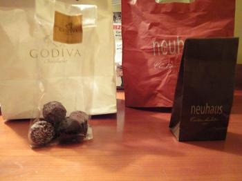 GODIVAとneuhausのチョコレート.jpg